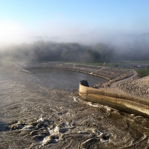 fog-over-red-rock-dam-horns-ferry-hideaway