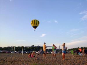 red-rock-balloon-fest-north-overlook-beach-horns-ferry-hideaway